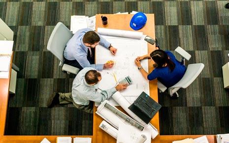 Empresa de reformas estudian proyecto en Badajoz