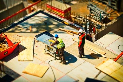 Obreros durante la construcción